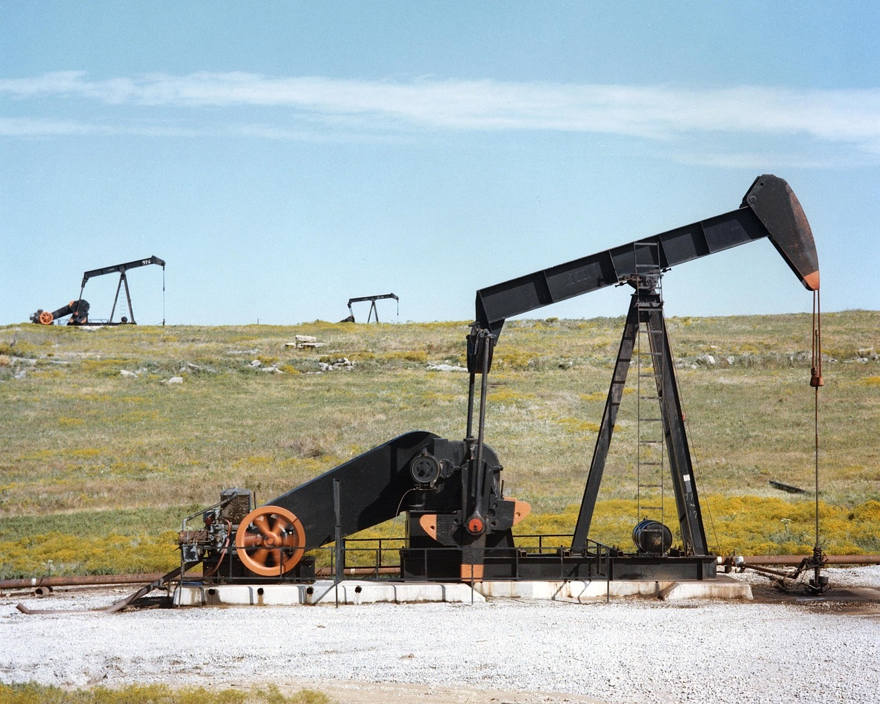 Most rigs across the Eagle Ford Shale now sit unproductive due to the drastic drop off in oil prices.